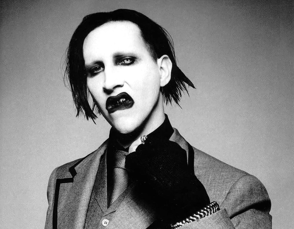 """Marilyn Manson announces """"Hell Not Hallelujah"""" tour for 2015! Dates and listings all here:  http://t.co/wnP906k8AY http://t.co/snQ39qvHxg"""