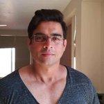 RT @sathyavijay22: @ActorMadhavan face looks so cute body look like undertaker! http://t.co/y9wddShvDr