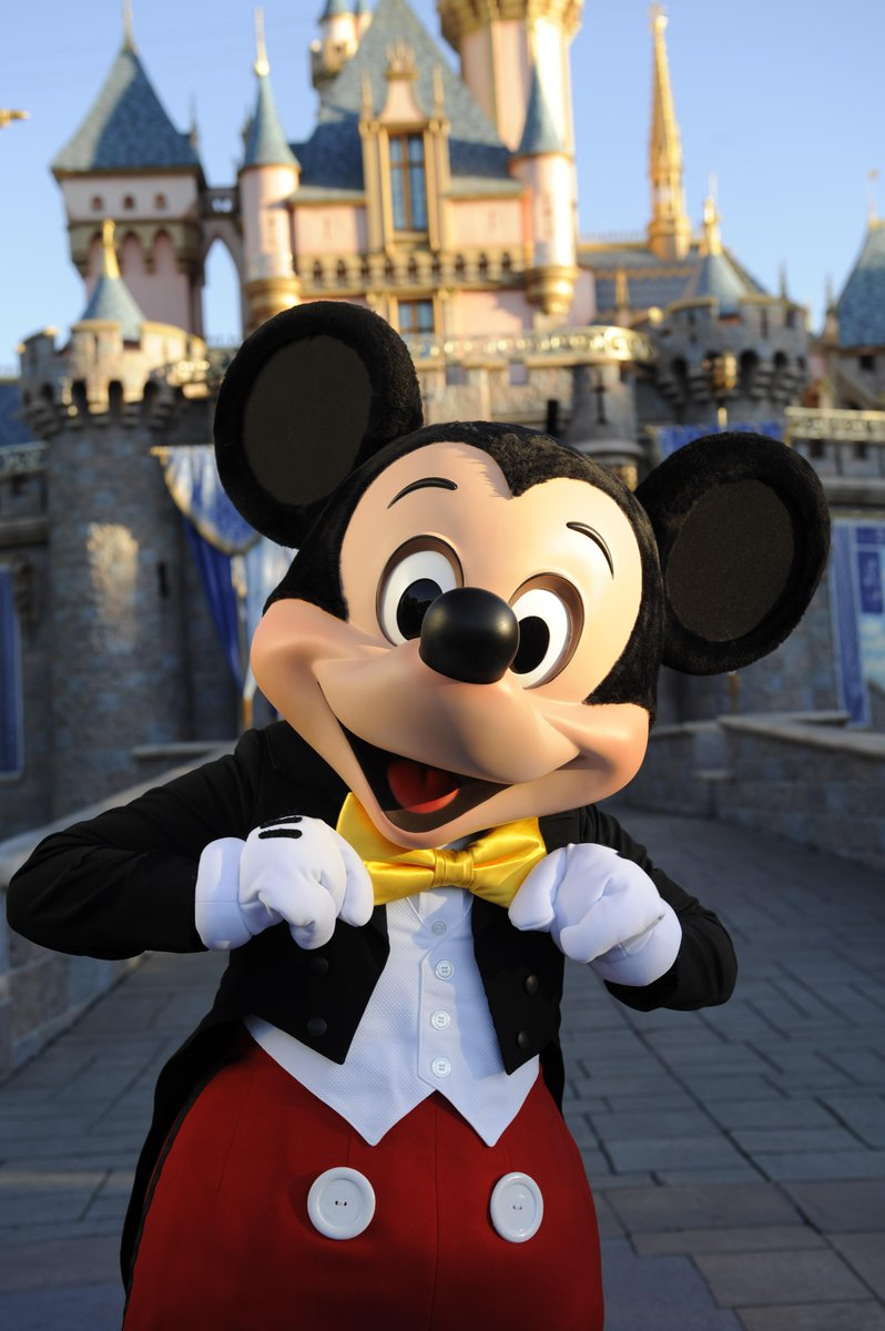 Happy Birthday, Mickey Mouse! http://t.co/9DdQqsEOIJ