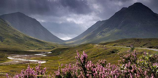 Did you know? | #Glencoe is home to 8 of the Trust's 46 Munros. See more of our mountains at http://t.co/H42AXmEKwJ http://t.co/4K5TN6M2BE