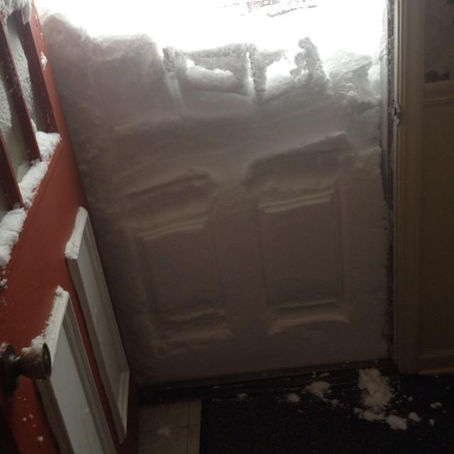 West Seneca, NY is literally snowed in today. http://t.co/aGy9iNWunw #BuffaloSnow http://t.co/Q1lMkskP6N