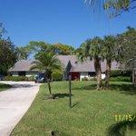 Golf Course Home in Palm City, FL 4bd, 3ba, 2,876 sqft. Pool Home on a 1 acre lot, $335,000! http://t.co/JDNnJSzowF http://t.co/gpubrejj2D