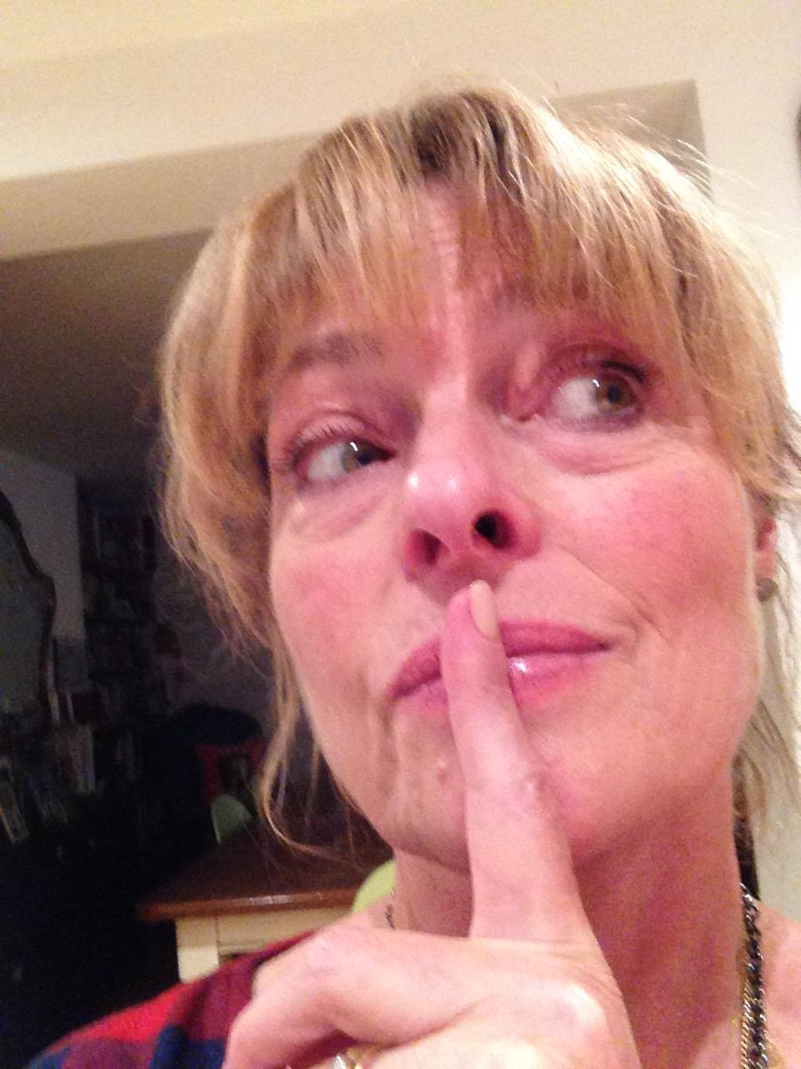 I'm supporting @RefugeCharity, speaking out by saying shh. #Wallofsilence http://t.co/jcaSmYxArf