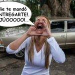 Mientras tanto Lilian Tintori acompañada de los EX le pega gritos a Locoldo a las afueras d #RamoVerde http://t.co/Sar9VwjNOi +RT