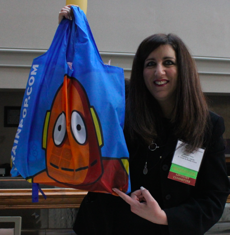 RT @magistrazee: #tretc2014 BEST ever Conference bag.No paper filing for this 1-it might be a SKIRT in my next fashion show! @brainpop http://t.co/uQSfDyTupz