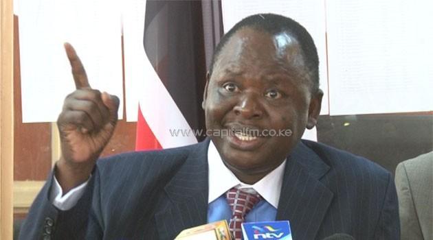 Senator Otieno #kajwang dies after heart attack, read full story via http://t.co/1Qnm5E735O http://t.co/tAhV5S1PXs