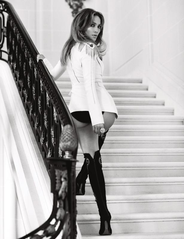 "Jennifer López: ""Todavía creo en el amor"". Entrevistamos a la gran diva en #París http://t.co/Vz7QN5VKxp http://t.co/6mOeRU79OS"