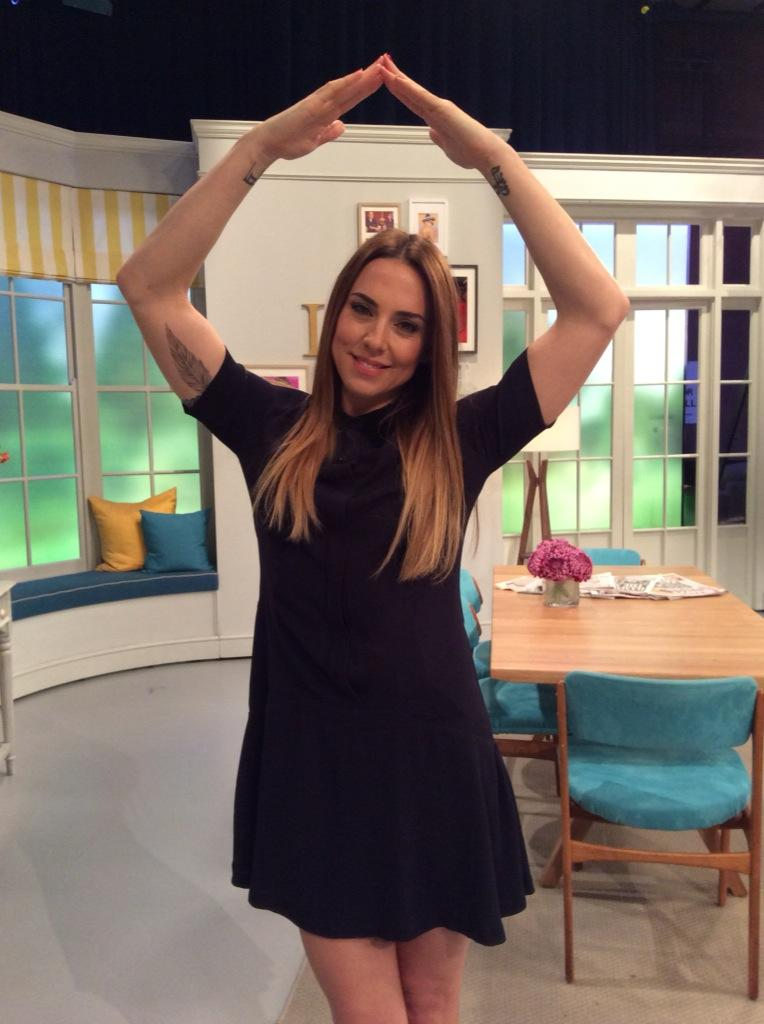 Lovely to cook for you today @MelanieCmusic and thank u for supporting #makearoof for @thebigsecretsound # http://t.co/eWS5lXg54U