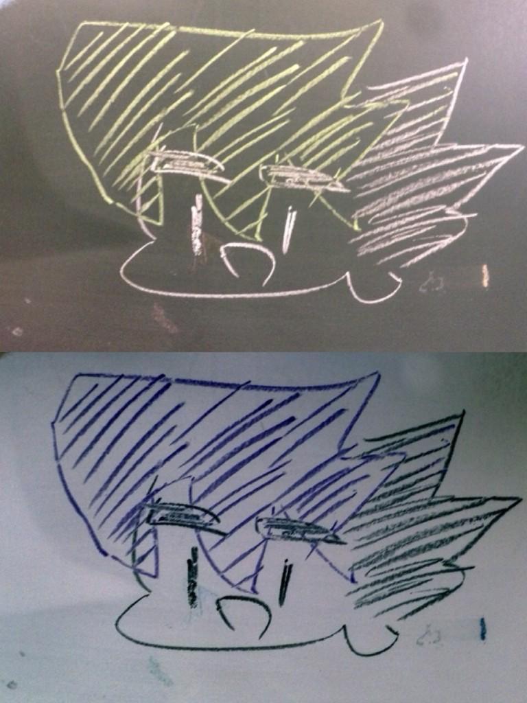 黒板に反対色でテンカイナイトを描いて写真編集で色を反転させたらいい感じになるんじゃ?!と思いつきで描いてみたもののグレン