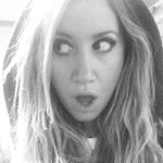 Support @LoveisLouder with me! RT or post a funny face pic with #LaughOutLouder & @BenefitBeauty will donate $1! http://t.co/NnpwwON7yP