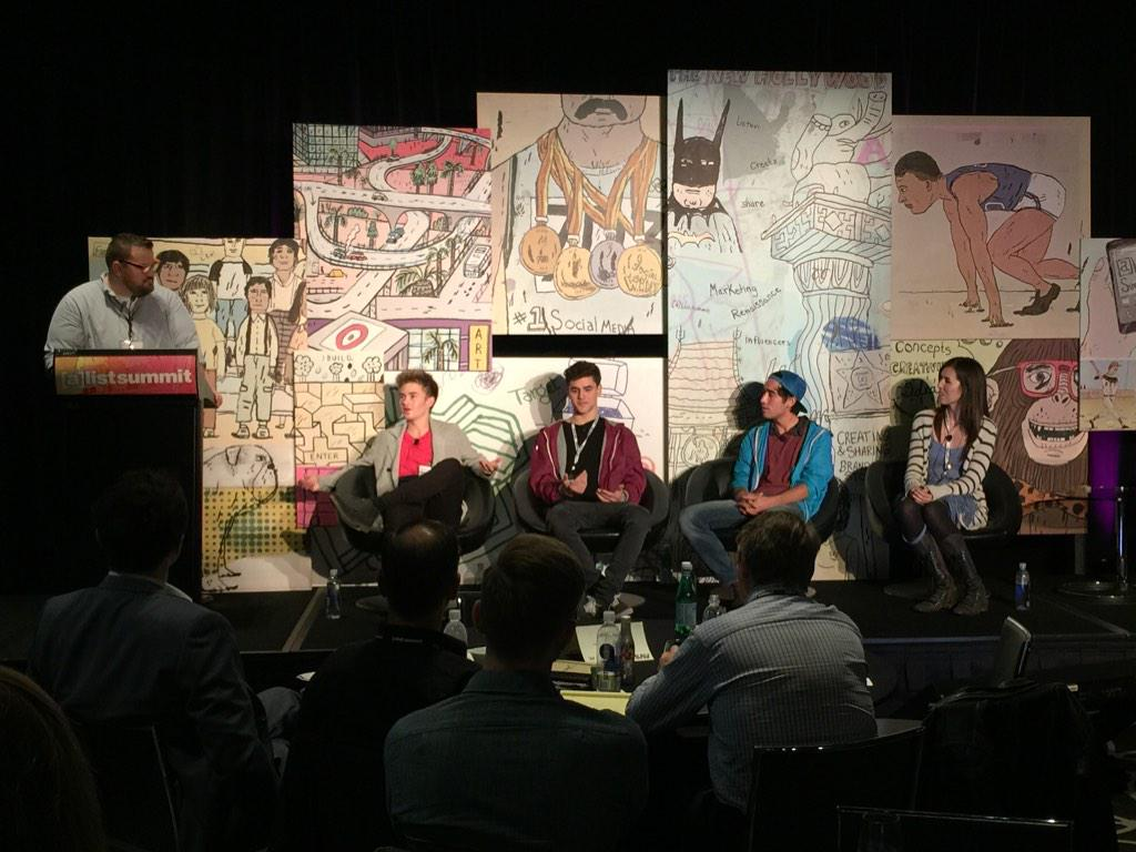 Content creators live on their phones say @JackAndJackReal @FinalCutKing @brittanitaylor #alistsummit @ayzenberg http://t.co/jgiJ9caqut