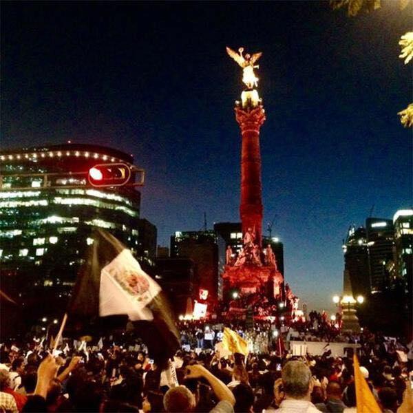 Como siempre hubo disturbios, pero como siempre, los pacíficos somos más, difundan lo que la TV no… QUE SE SEPA!! http://t.co/rz0dUoawQA