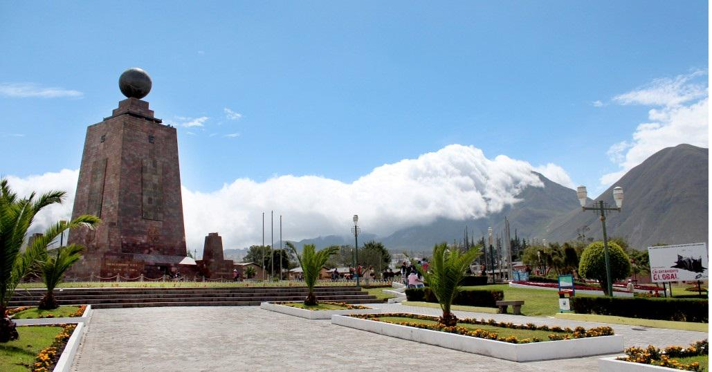 Photos from Josue López: #Quito is one of the 14 Finalists in #New7Wonders Cities Vote! http://t.co/PpwLUBh1GE http://t.co/aU9wmkpBBA