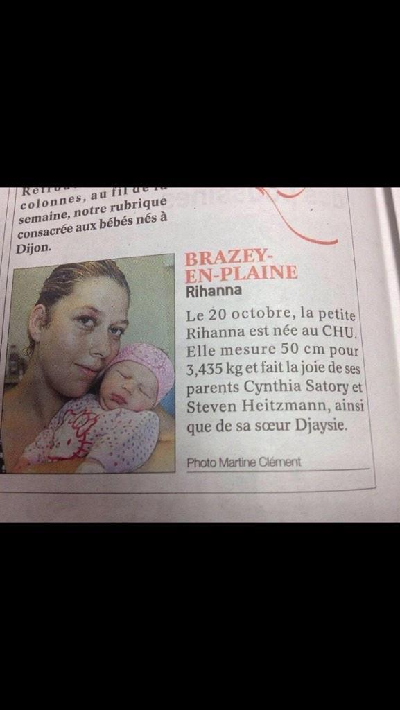 Lol de feu RT @a2linefrancois J'avais un doute sur le prénom Rihanna. Et puis j'ai découvert le prénom de la gde sœur http://t.co/UBTYOV5hy6