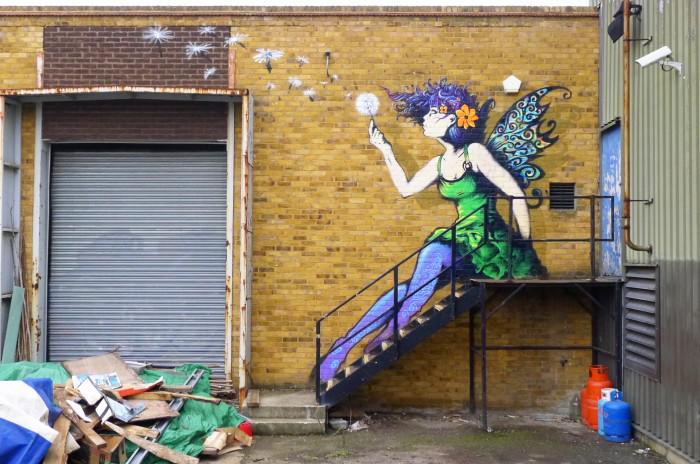 RT @5putnik1: Street Fairies   • #streetart #graffiti #art #funky #dope . : http://t.co/fW69ZMzLyN