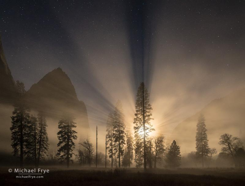 Moonbeams over Yosemite Valley: http://t.co/nVYREbPwR0 http://t.co/AyD0U79QgO
