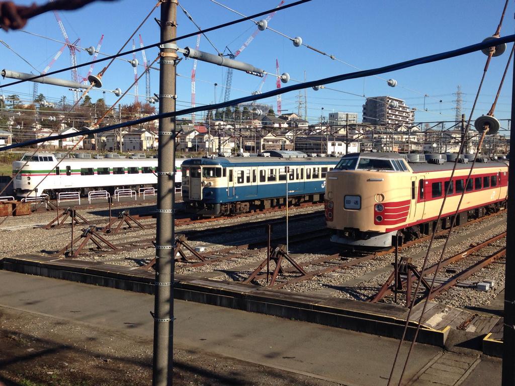 2014年の中央本線を走る車両たち。 http://t.co/vtNLNsc7Ot