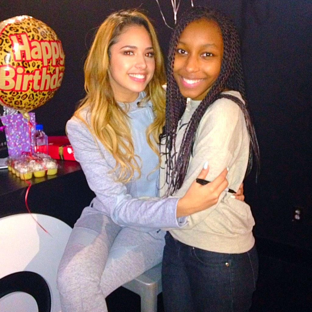 We meet again! #BirthdayGirl♐️ @JasmineVillegas #ThatsMeRightThere