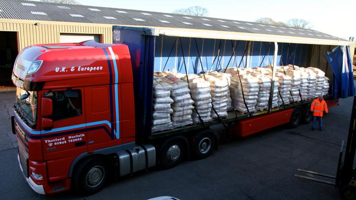 Why hello there HGV full of delicious Colombian coffee!  I buy myself the best Christmas prezzies ;) http://t.co/VAk5Lnz0dH