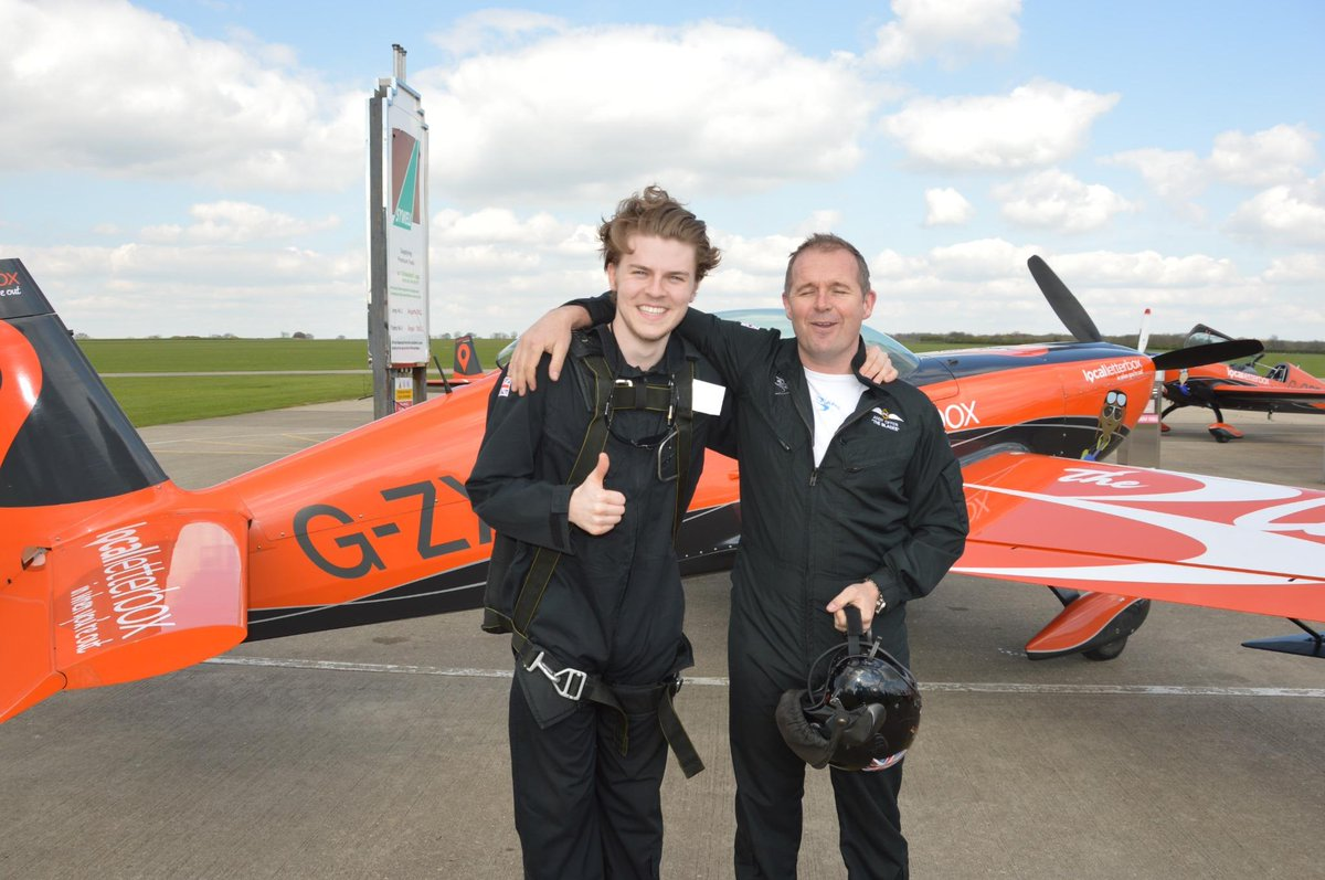 It's already 3rd December.  Our Daily Advent-Door 3  1 of the Teams highlights,flying Lawson @LawsonAdam @LawsonJoel http://t.co/luae4q3G9k