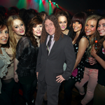 RT @BuzzFeed: 22 photos that prove Weird Al is extremely good at posing http://t.co/p5le3s01SE http://t.co/BJ5AFA8iRw