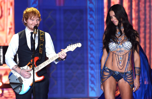 Ed Sheeran's face shows that behind all sensitive songwriters there's a Chee KO Pek lurking. http://t.co/poFdaQgKIs