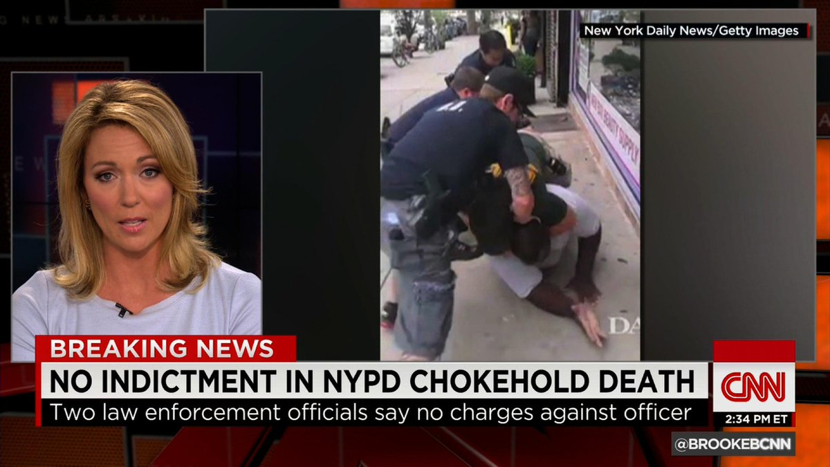 #BREAKING: Grand Jury decides not to indict cop in Eric Garner chokehold death. Latest http://t.co/xEKulRW4E6 http://t.co/NguFGsKgnQ