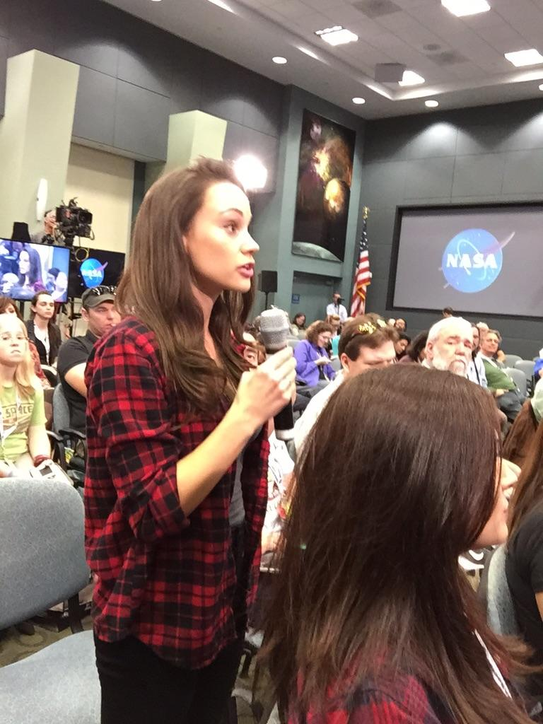Asking the big questions about #Orion @antjphotog and @EmCalSpaceGal #NASASocial @NASASocial @NASA_Orion @NASA http://t.co/oCCw9az4FM