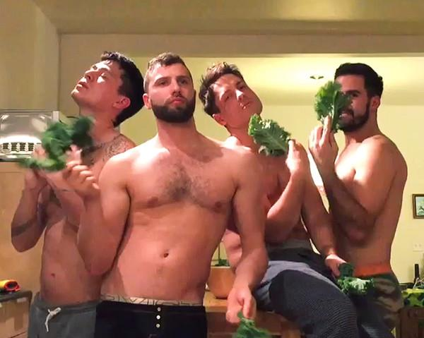 I need cooler guy friends. MT @WomensHealthMag: Men dancing = best thing you'll see all week: http://t.co/FKDZGdy1j4 http://t.co/RYtlYwMuXP