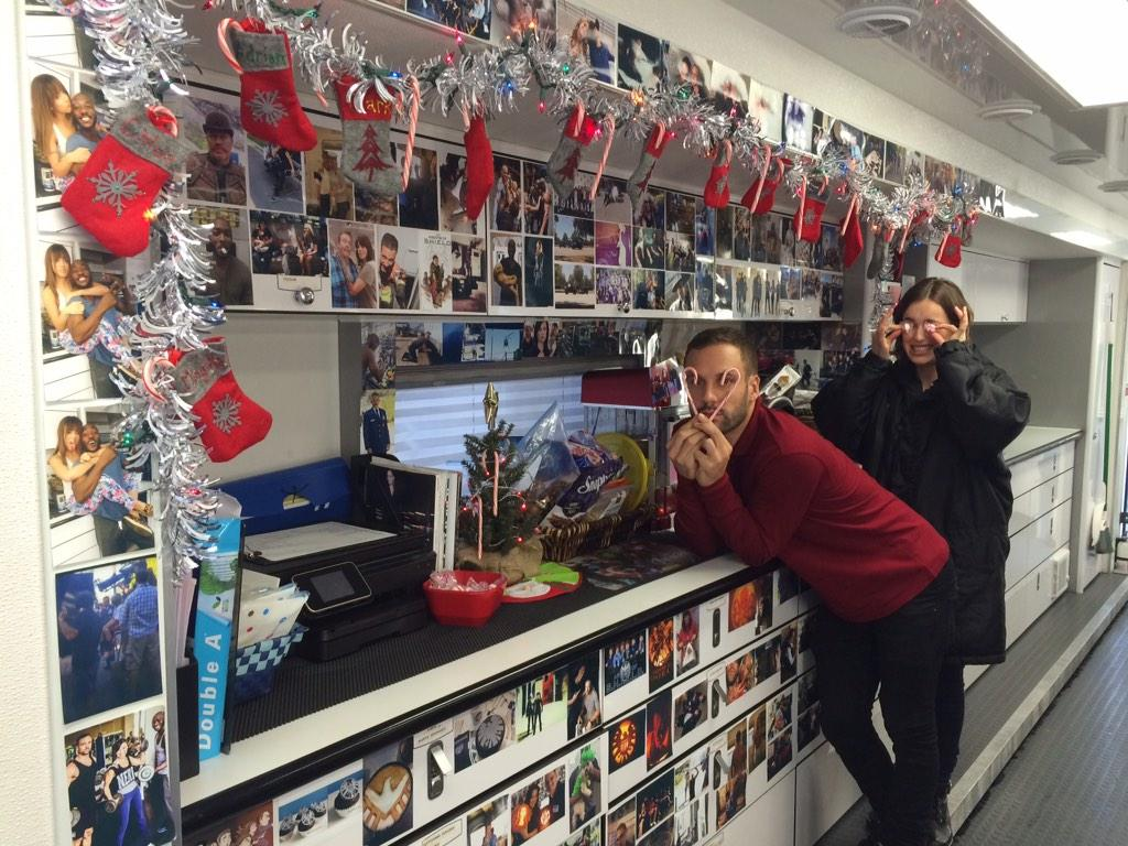 We r officially ready 4 #Christmas here @AgentsofSHIELD as @nickdiscoblood & @Lil_Henstridge are demonstrating