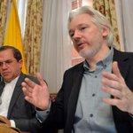 """Ecuador reafirma decisión de progeter a Assange """"el tiempo que sea necesario"""" http://t.co/Cy5u8ugqcs http://t.co/Y2moAR8h6H"""
