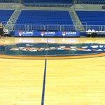 #8 Florida Gators host @ULM_MBB Ill call it starting @ 6:37PM on 540AM on the Warhawk Radio Network @learfieldsports http://t.co/xVKUAs4RIB