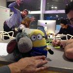 Le Minion rend visite à léquipe #GURU au #SWTLN #GSB2014 !! http://t.co/8G3unO90q3