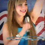 Ella es @JazminconJ #plazasenderoapodaca hermosa http://t.co/1gD6IwEzyG