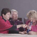 Así luciría tu abuela fumando marihuana. EN VIDEO → http://t.co/2EjiksLpMo http://t.co/2RnqEgGdkd