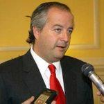 """Nicolás Monckeberg: """"Piñera es quien representa más transversalmente a toda la centro derecha"""" http://t.co/JsTV7BNM1m http://t.co/zfCPrJPIHi"""