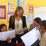Cada escuela esconde una bonita historia de vocación docente y comunidades educativas comprometidas...vale la pena... http://t.co/OpLsgY1RA7
