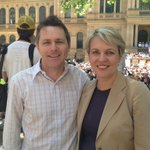 Shadow Ministers @JasonClareMP and @tanya_plibersek showing their support for #ourabc #sydney http://t.co/4wRr666gnW