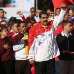 #Venezuela | Pdte. @NicolasMaduro: Los estudiantes son garantía de la Patria perpetua. #EstudiantesConLaRevolución http://t.co/SBYp4pwDEW