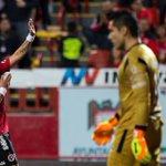 ¿Adiós, campeón? León deja media vida en Tijuana http://t.co/LSObtc72mF http://t.co/caBTEABalA