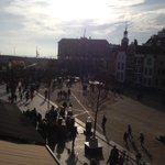 #Sinterklaas kan elk moment aankomen in #Vlissingen. Kijk live mee: http://t.co/qxqapxnLAS. http://t.co/niunJCA5Nv