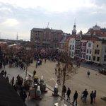 #Sinterklaas is in #Vlissingen! Kijk live mee via de webcam op http://t.co/qxqapxnLAS http://t.co/KjR1te1Hml