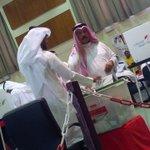 مشاركة الفنان محمد ياسين في عملية الاقتراع✔ #بصوتك_تقدر #البحرين #محافظة_المحرق http://t.co/9DFrVKw32E