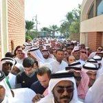يقول البعض مجتمعاتنا غير جاهزة للديموقراطية ! ها هي #البحرين_تنتخب. Via @AthariBH @SarahYJA http://t.co/59hGsDSSZO