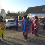 In #Dubbeldam #Dordrecht zijn de Zwarte Pieten gewoon.....zwart. http://t.co/A9ZrqPF89H