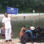 Pampa River cleaning project taken by #ArtofLiving volunteers in #Kerala! #AOLImpact http://t.co/r1IAf2Zvjl