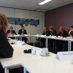 Onder leiding van Marco Oosterwijk gaat staatssecretaris Martin van Rijn in gesprek met oa organisaties en inwoners http://t.co/HWuNYHz3I0