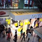 Queue. Kyun?!! #RetailTherapy #Bengaluru #TskTsk