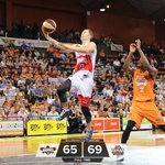 Full Time in Cairns - Taipans 69: Hawks 65 http://t.co/6MBQIJopAK
