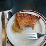 @LotionsP @MarketRegina @DuaneLeicht @CookieLadyYQR @studioflour Im winning #PieWar! Raison pie was so good though! http://t.co/VVG9NbKW6G